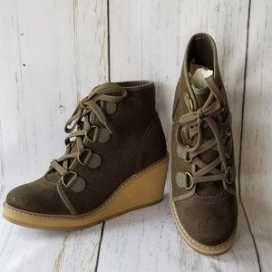Olive Wedge Booties Wool Blend Lace Up 7